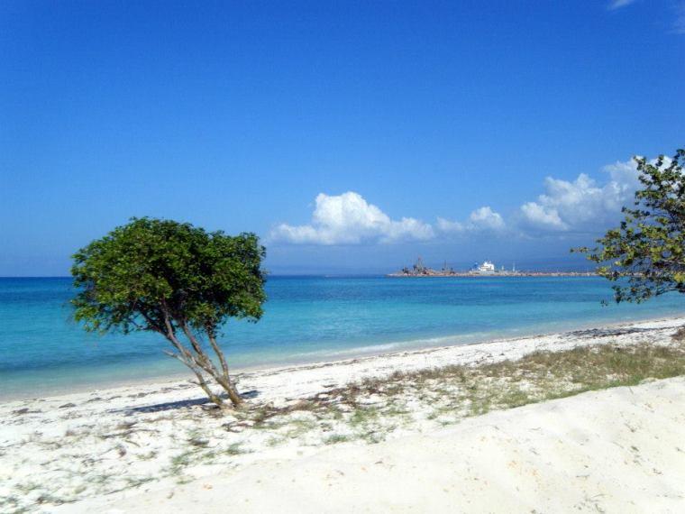 The beach at Cabo Rojo, on the way to Bahia de las Aguilas