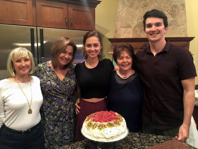 Thanksgiving with my mother, grandmothers, Tom, and the my first Pavlova!